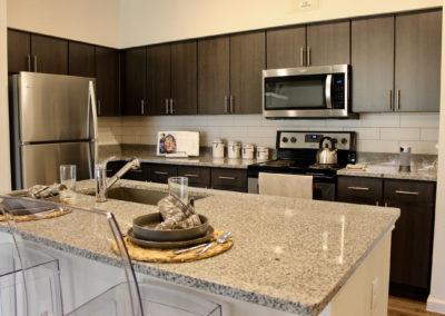Stone Hill Apartments - Kitchen