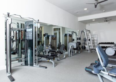 Flora Apartments - Gym