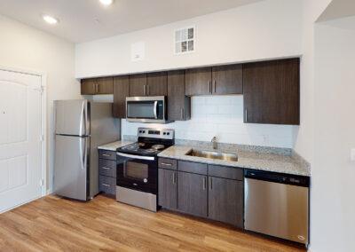 Palo Alto Luxury Apartments - Kitchen