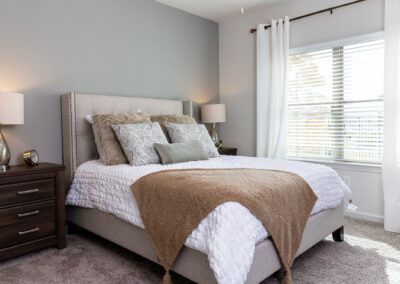 Stone Hill Apartments - Bedroom